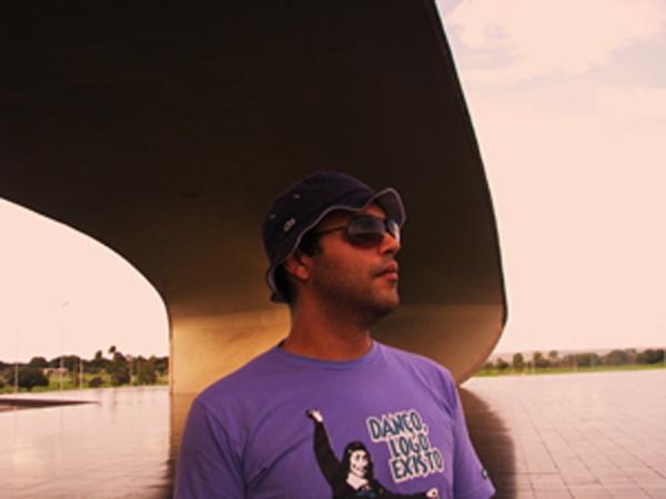 DJ Oblongui. Foto: Renato Acha.