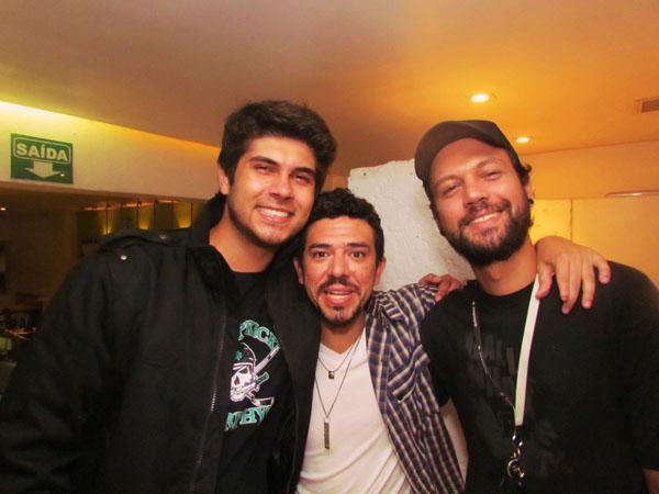Giuliano Manfredini, Manu Santos e André Morale. Foto: Renato Acha.
