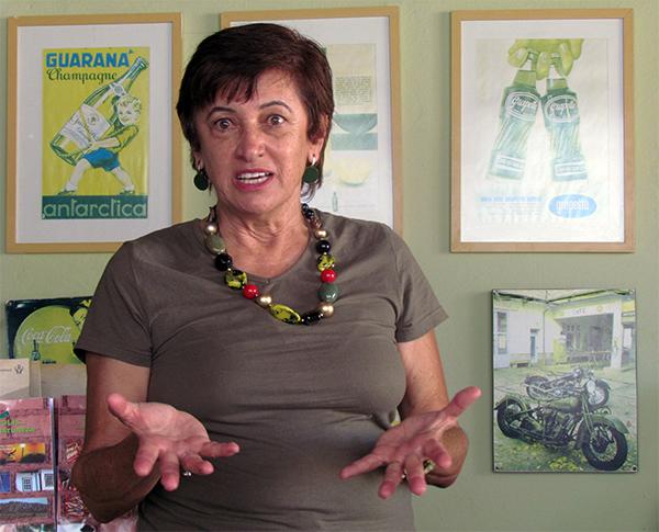 Iris Borges, curadora da Flipiri.