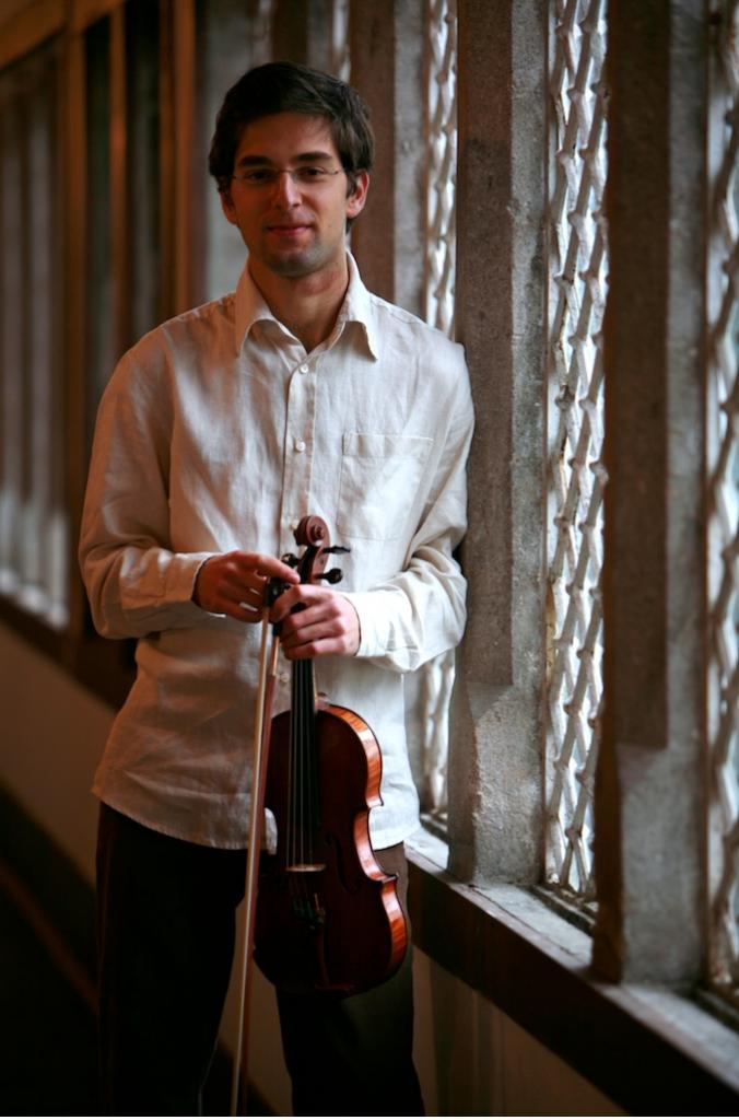 Emanuel Salvador (Portugal).