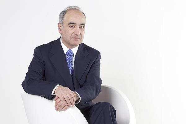 Maximino Zumalave.