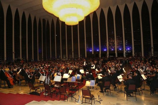 orquestra sinfonica de brasilia.