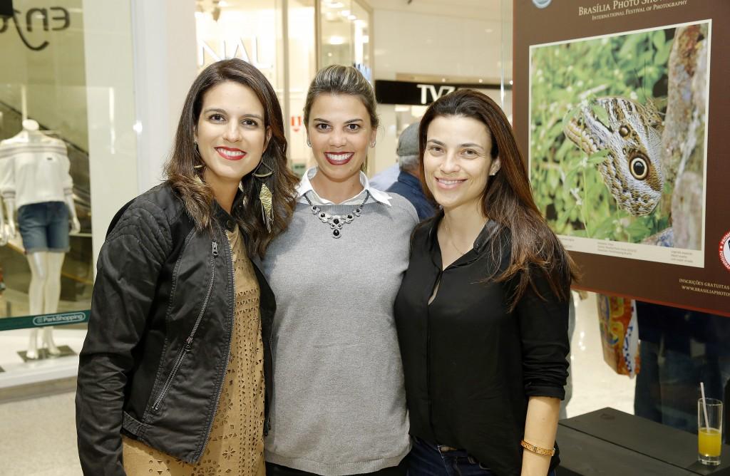 Marina Lacerda, Annelise Ragone e Isabela Castellan.