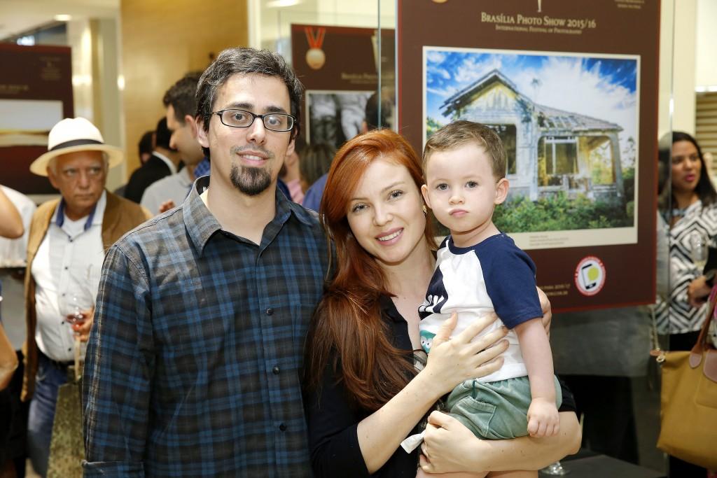 Thiago, Isabela e Caetano Castellan