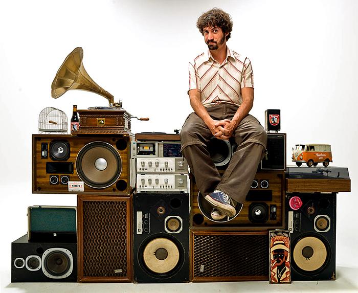 DJ Barata. Foto: Vini Goulart.