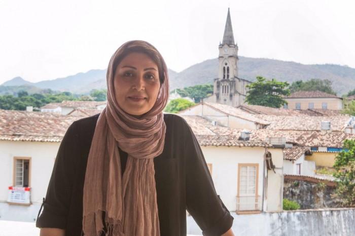 "A iraniana Maryam Kashkoolinia, diretora de ""Vaghti Bacheh Bodam""."