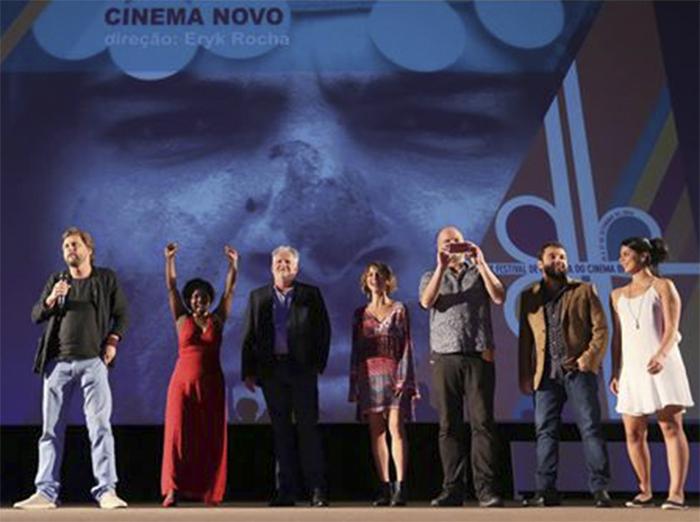 "Equipe de ""Cinema Novo"". Foto: Celso Pires de Araújo."