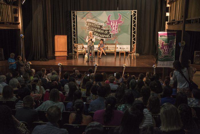 8ª Flipiri no Theatro Sebastião Pompeu de Pina. Fotos: Ana Póvoas. Divulgação.
